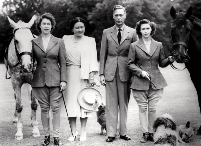Fallece el rey Jorge VI e Isabel se convierte en reina