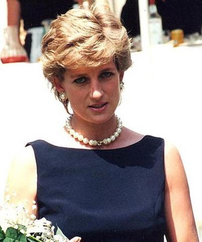 Muere Diana de Gales, ex- esposa de su hijo Carlos de Inglaterra