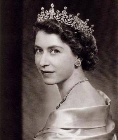 Isabel II se convierte en princesa heredera de la Corona británica