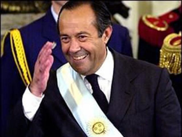 Rodríguez Saa asume la presidencia