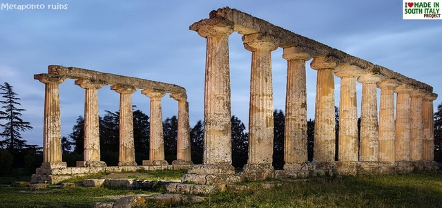 Greeks established colonies throughout southern Italy, 800-500 BCE