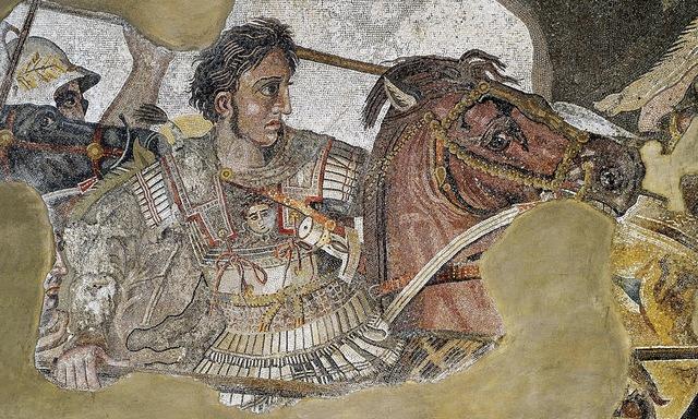 9.3: Macedonia: Alexander takes the throne