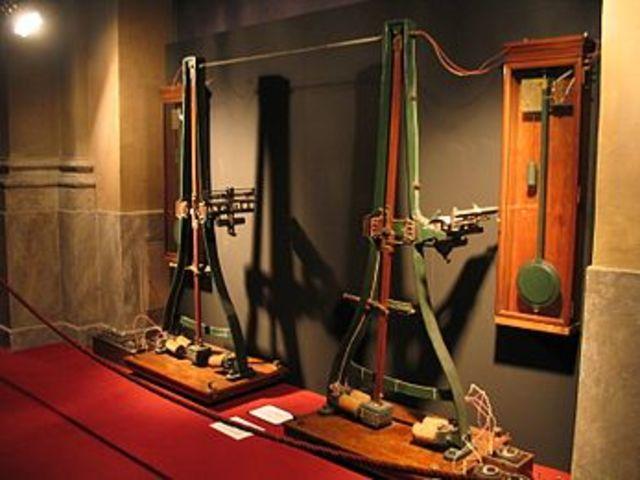 Invención del Pantelégrafo
