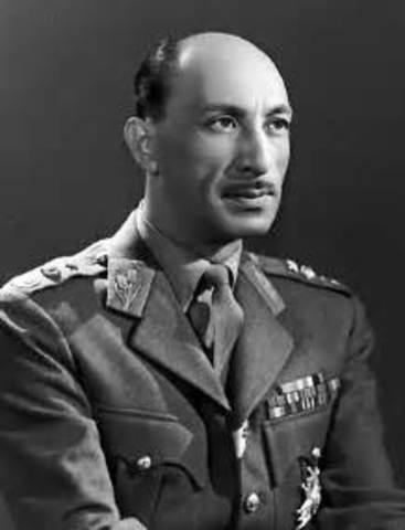Mohammad Zahir Shah becomes King
