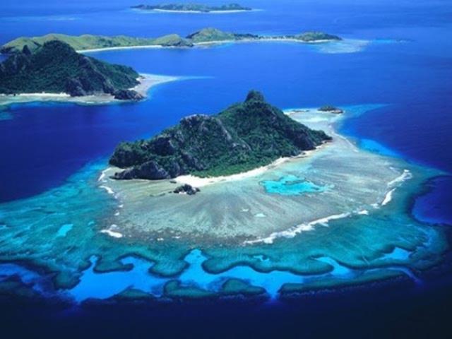 Новая Каледония, остров Норфолк.     (Дж. Кук)