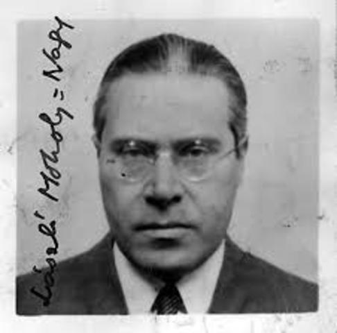 Laszlo Moholy-Nagy †