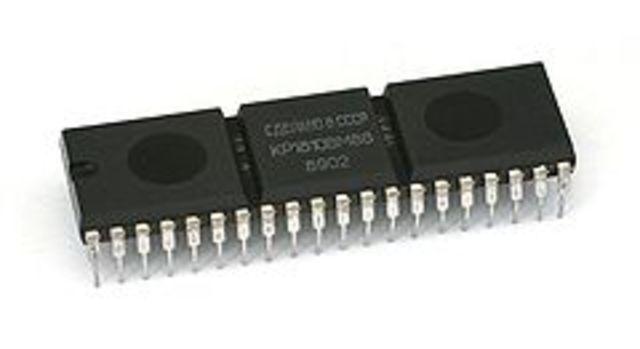 16-битный процессор:intel 8086