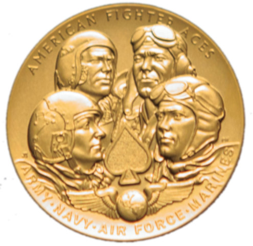 Jackie receives  the Congressional gold medal