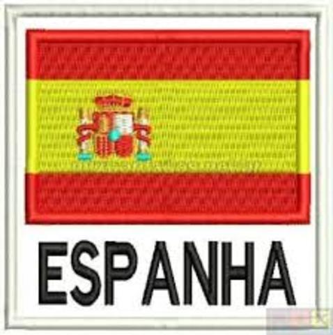 Nasce na Espanha o Instituto Nacional de Ensino Médio a Distância (INEMAD).