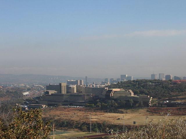 Nasce a Universidade de Sudafrica