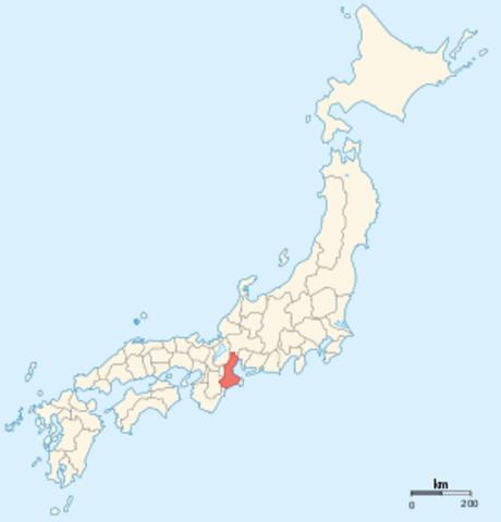 Nobunaga defeats and subjugates Ise Province.