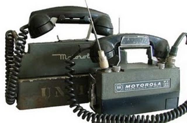 Nacimiento del primer teléfono inalambrico