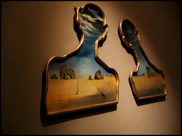 """""""Couple avec leurs tüetes pleines de nuages"""" Salvador Dali"""