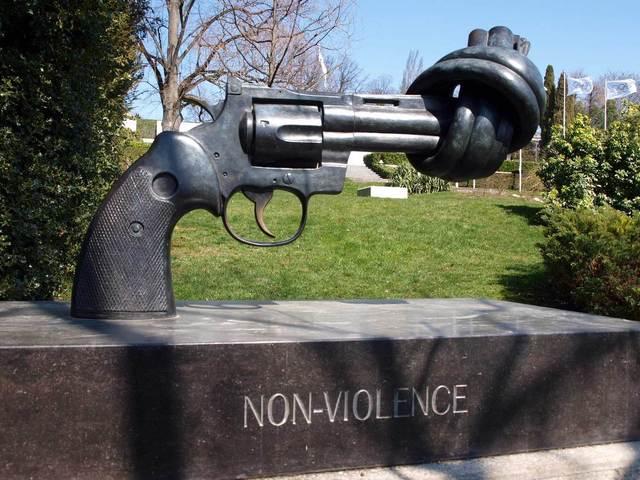 Carl Fredrik Reuterswärd - Non-violence