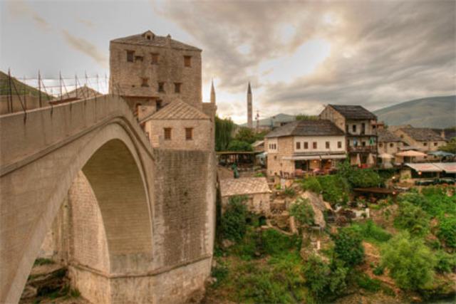 Ending the War in Bosnia-Hercegovina.