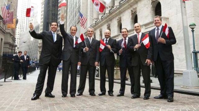 Dionisio Romero Paoleti da el campanazo para iniciar actividades en Wall Street.