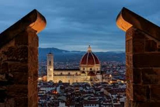 Brunelleschi works on dome of Florence Cathedral