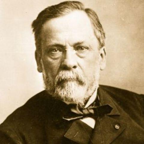 Louis Pasteur refutes spontaneous generation