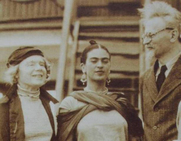 Leon Trotsky & Wife stay with Diego Rivera & Frida Khalo in Mexico