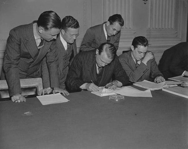 «Акт 1954 года о контроле над коммунистами»