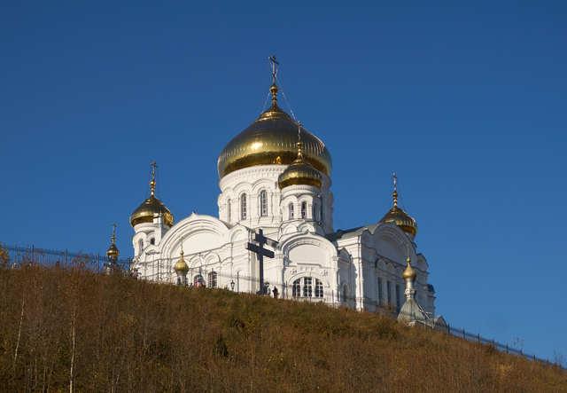 Освещение Крестовоздвиженского храма.
