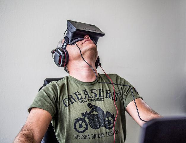 Lanzamiento al mercado de Oculus Rift