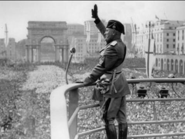 Mussolini diktator i Italia