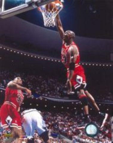 Michael Jordan 1991: 37pts, Xmas Day Vs ...
