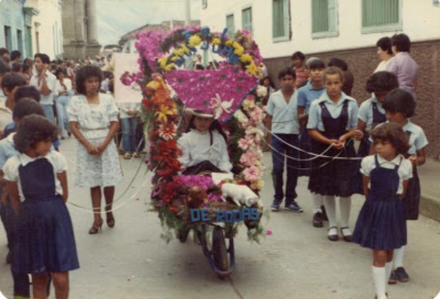 Desfile de silleteritos