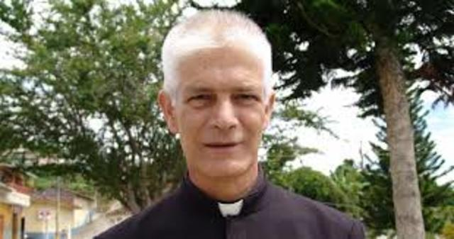 El Padre Ernesto Gómez Echeverri
