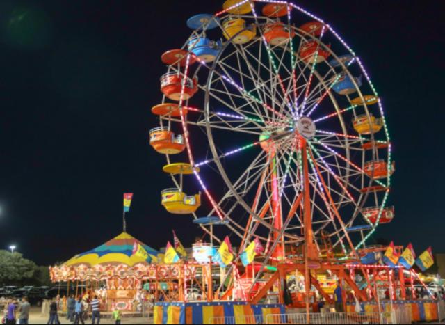 The Lake Windsor Carnival