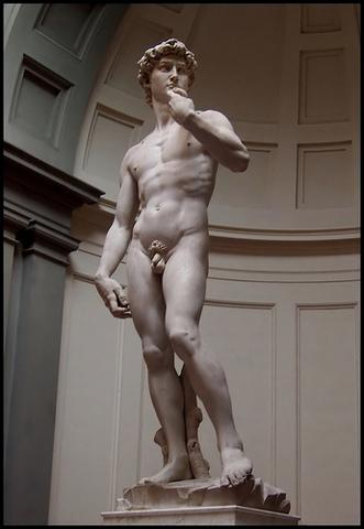Miguel Ángel esculpe el David (obra cumbre de la escultura renacentista)