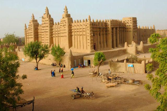 13.3, West Africa, Mali Falls