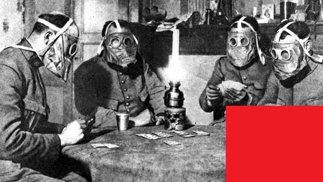 Los alemanes lanzan el primer ataque con gases tóxicos contra los soldados franceses y canadienses en el frente oeste, entre Langemarck e Ypres (Bélgica).