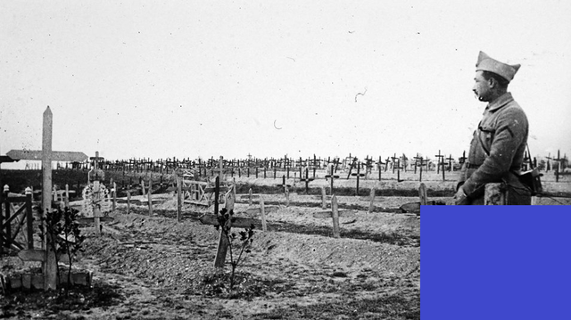 Fracaso de la ofensiva francesa en el Camino de las Damas, en el frente de Champaña (noreste de París)