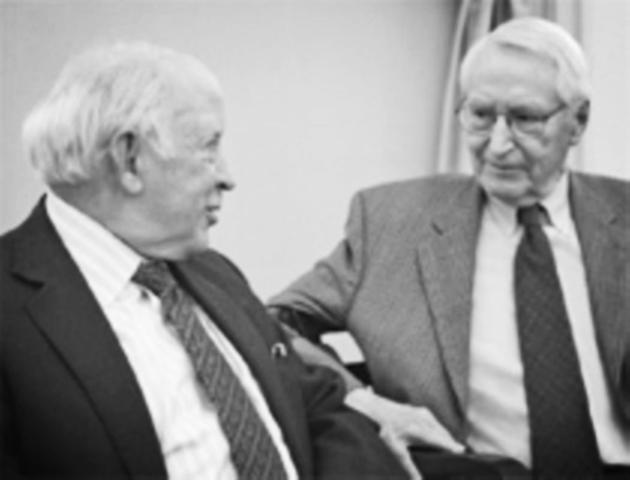 Lawrence y Lorsch / Contingente
