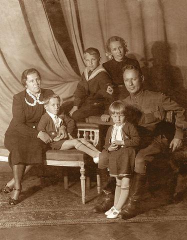 семья Шолоховых
