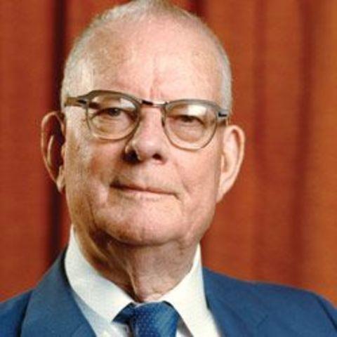 William Edwards Deming (1900- 1993)