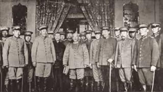 delegates from the 'independent' provinces gather in Nanjing to declare the creation of a Chinese Republic.