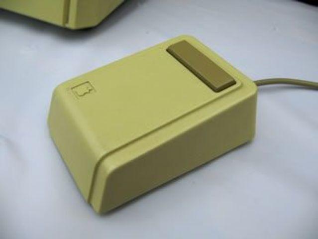 El primer mouse de Apple.
