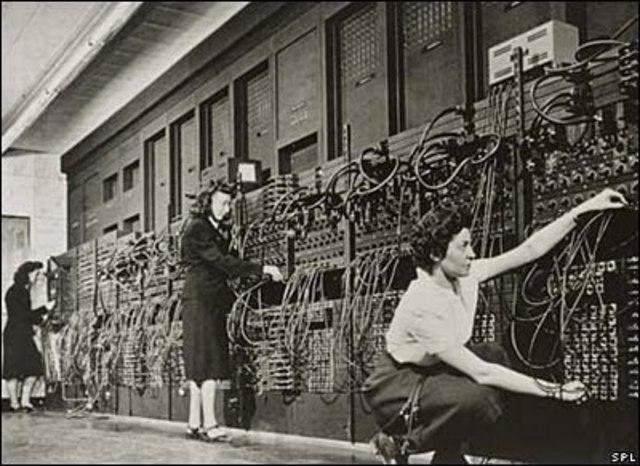Primer computadora electrónica ENIAC.