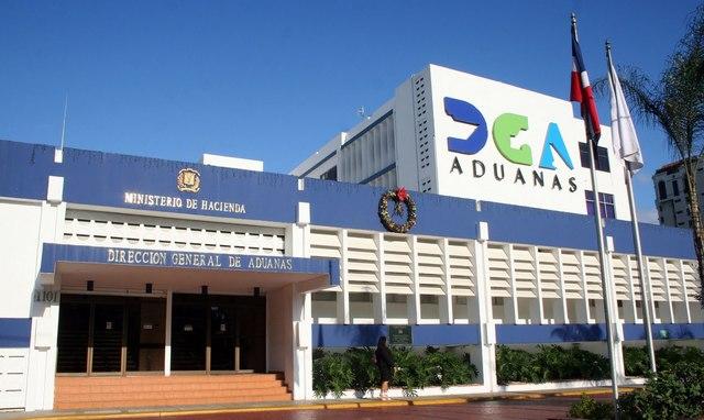 La Dirección General de Aduanas quedó asignada a la Subsecretaría de Ingresos