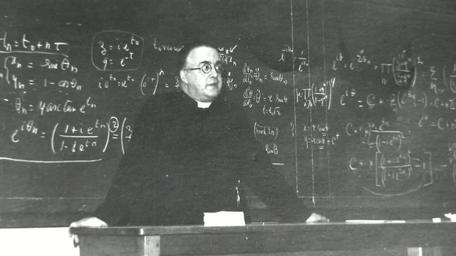 Georges Lemaítre.