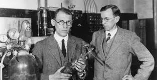 Clinton Davisson y Lester Germer.
