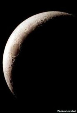 Day 26: Old Crescent Moon