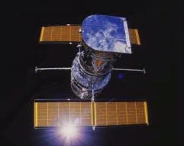 Comienza a operar el Telescopio Espacial Hubble