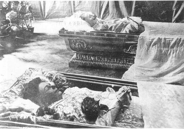 Asesinato del Archiduque Francisco Fernando y su esposa.