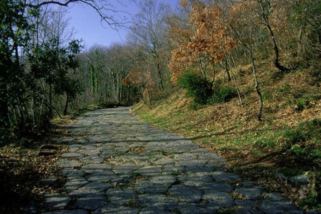 Rocca di Papa via Sacra