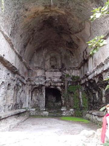 Castel Gandolfo ninfeo dorico