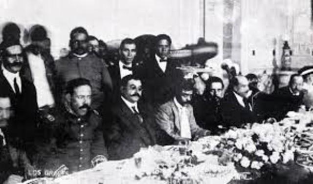 Inician las sesiones de la Convención Revolucionaria en la ciudad de México; se busca evitar el rompimiento entre los distintos grupos revolucionarios